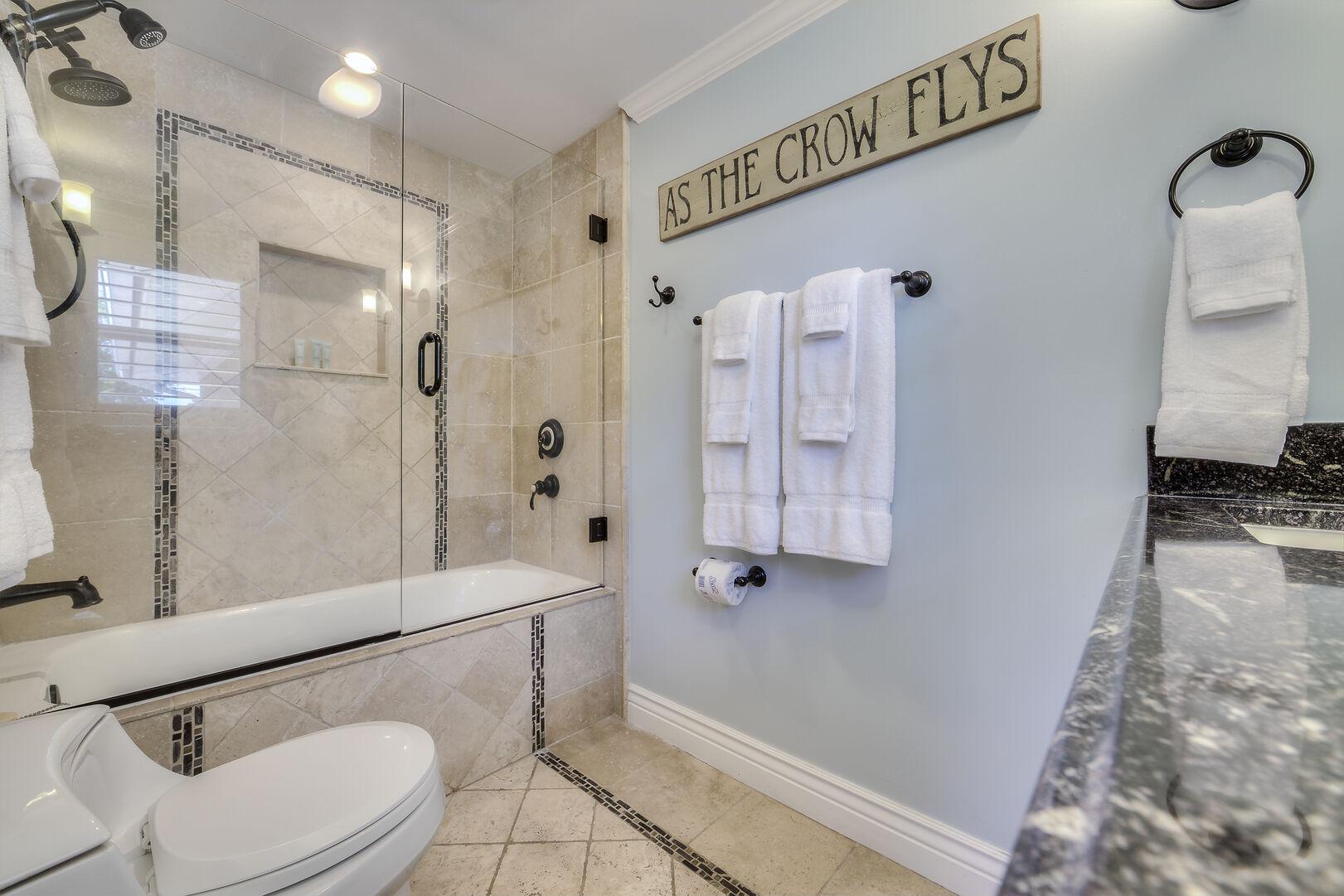 Crow's Nest Shower and Bathroom