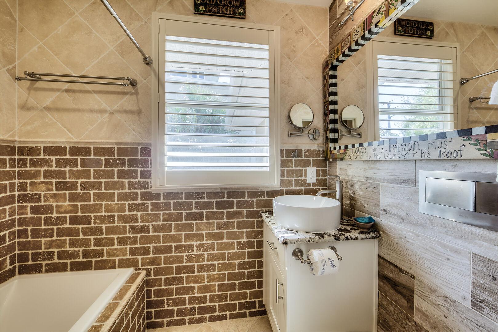 Crow's Nest Bathroom Fort Myers Beach Rental