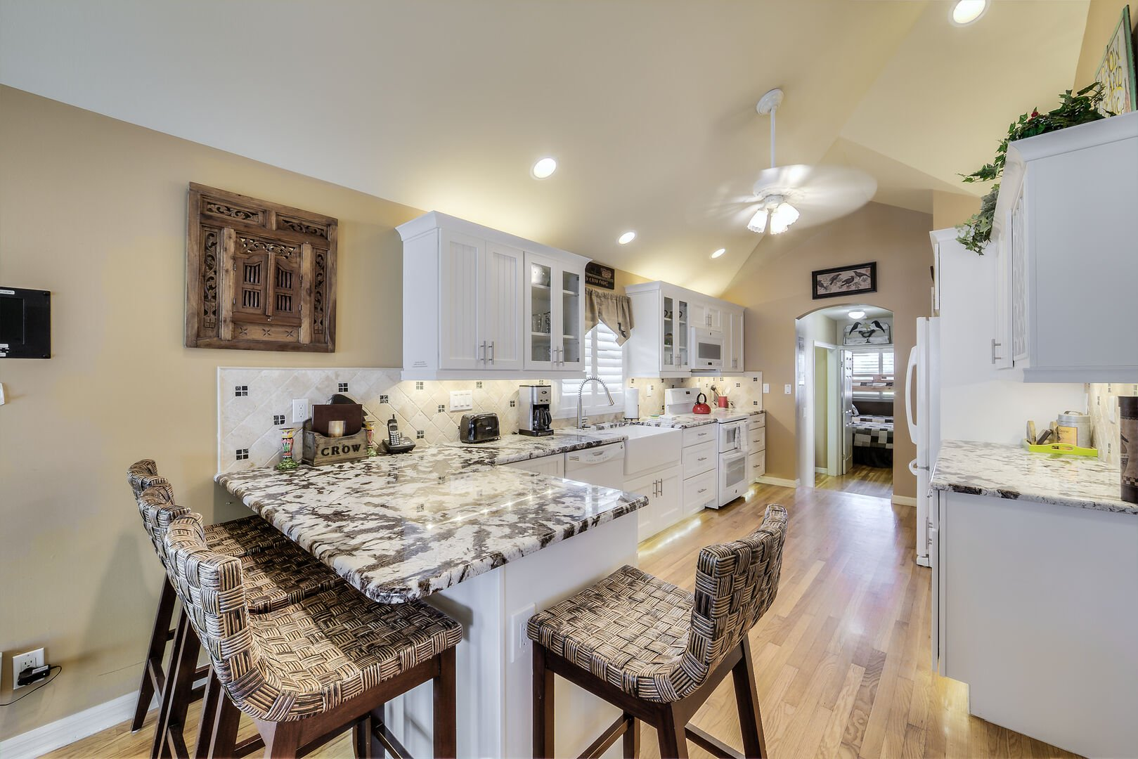 Kitchen with Countertop Stools in Crow's Nest