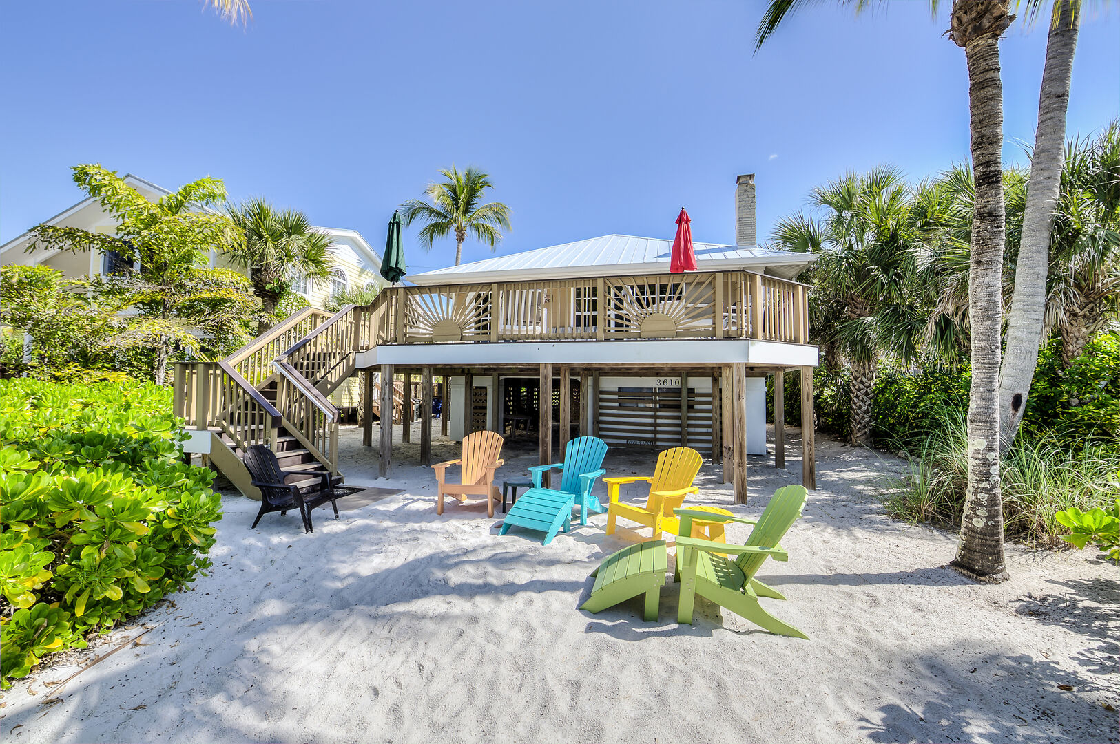 Fort Myers Beach Rental with Sandy Backyard and Beach Access