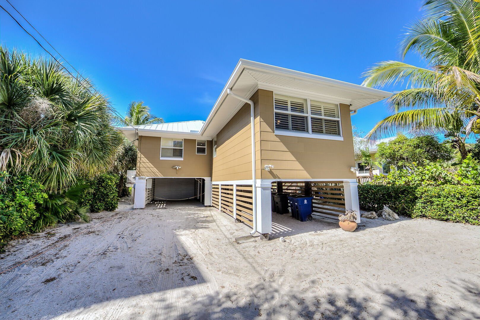 Fort Myers Beach Rental Parking and Carports