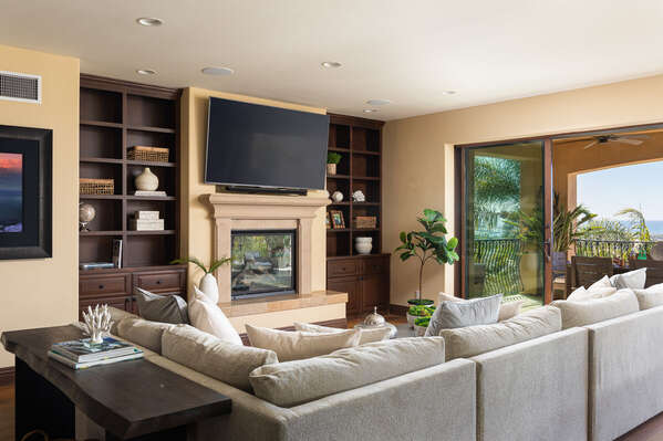 Spacious Living Area in San Diego Vacation Rental.