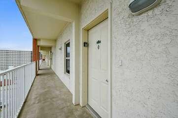 Entrance door from the walkway
