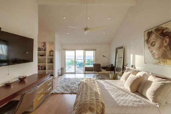 Master Bedroom Suite with Ocean Views and King Bed