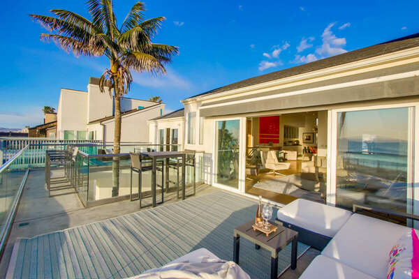 Front Deck with Outdoor Living Room
