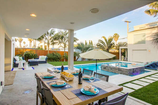 Outdoor Dining and Pool/Spa