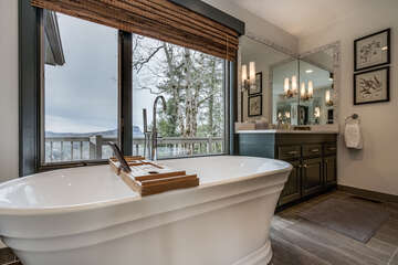 Master's Large soaking tub
