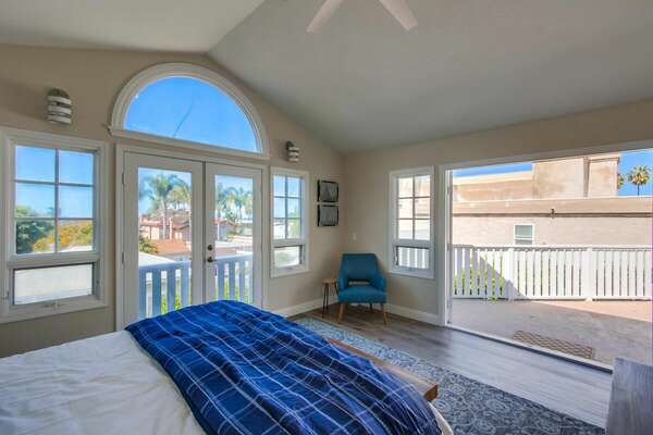 Master bedroom - King Bed with spacious balcony - 2nd floor