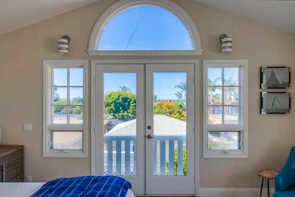 Master Bedroom with ocean views - 2nd Floor