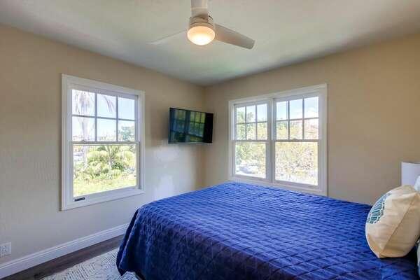 Guest Bedroom 1 - Queen Bed - 2nd Floor