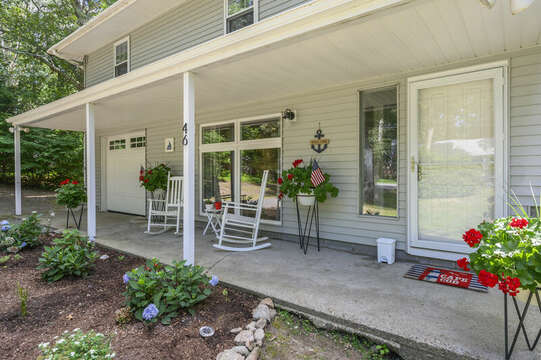 Nice curb appeal at 46 Holly Point Road Centerville Cape Cod