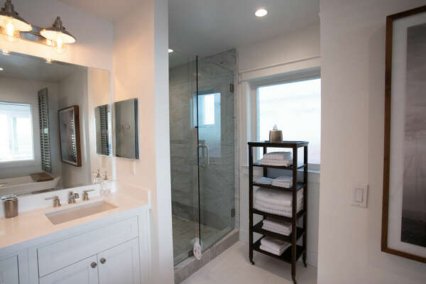 Master En-Suite Bath Features Separate Shower