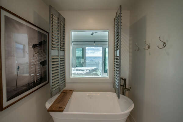 Master En Suite Bath with Ocean View