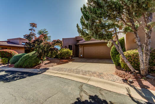 One-Level Townhome with a 2-Car Garage Located in West Sedona. Half Mile to SR-89A.