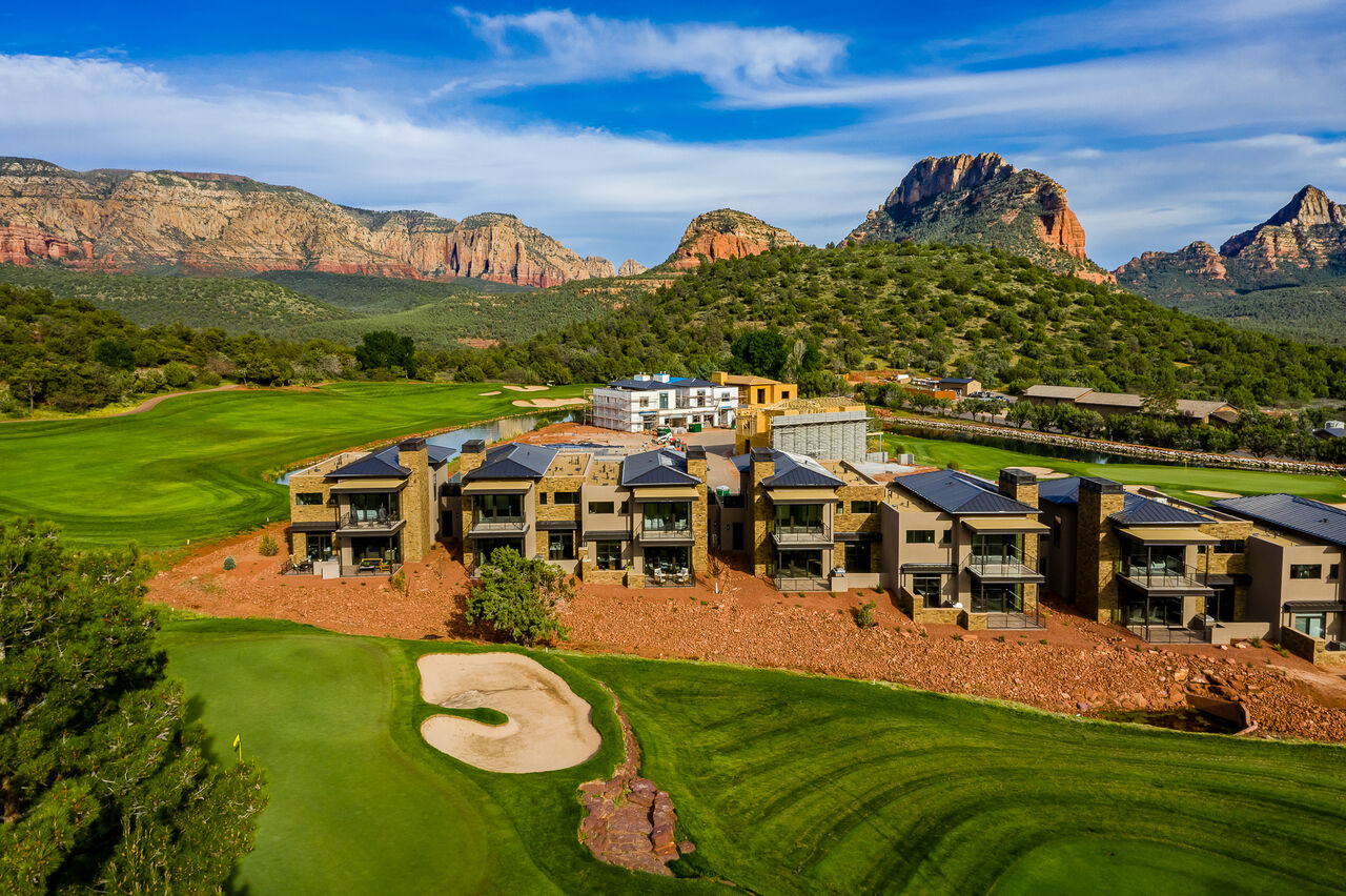Right on the Golf Course with Stunning Red Rock Views