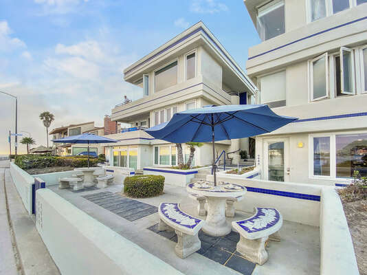 Shared Front Patio with Outdoor Dining