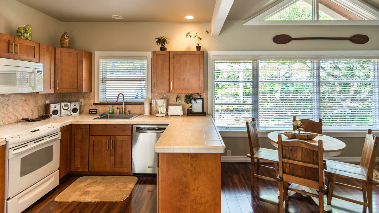 Guest Unit Kitchen & Dining