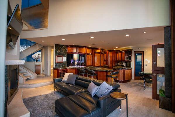 Open Floor Plan in San Diego Vacation Home.