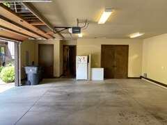 Garage - 2 bays available for guest parking