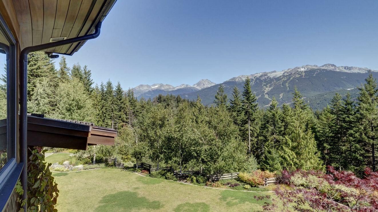 Stonebridge Retreat Mountain Views