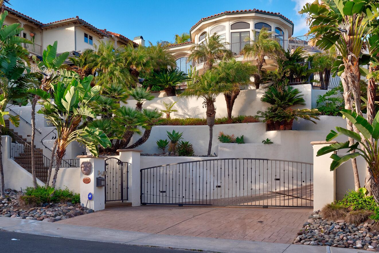 Gated private entry