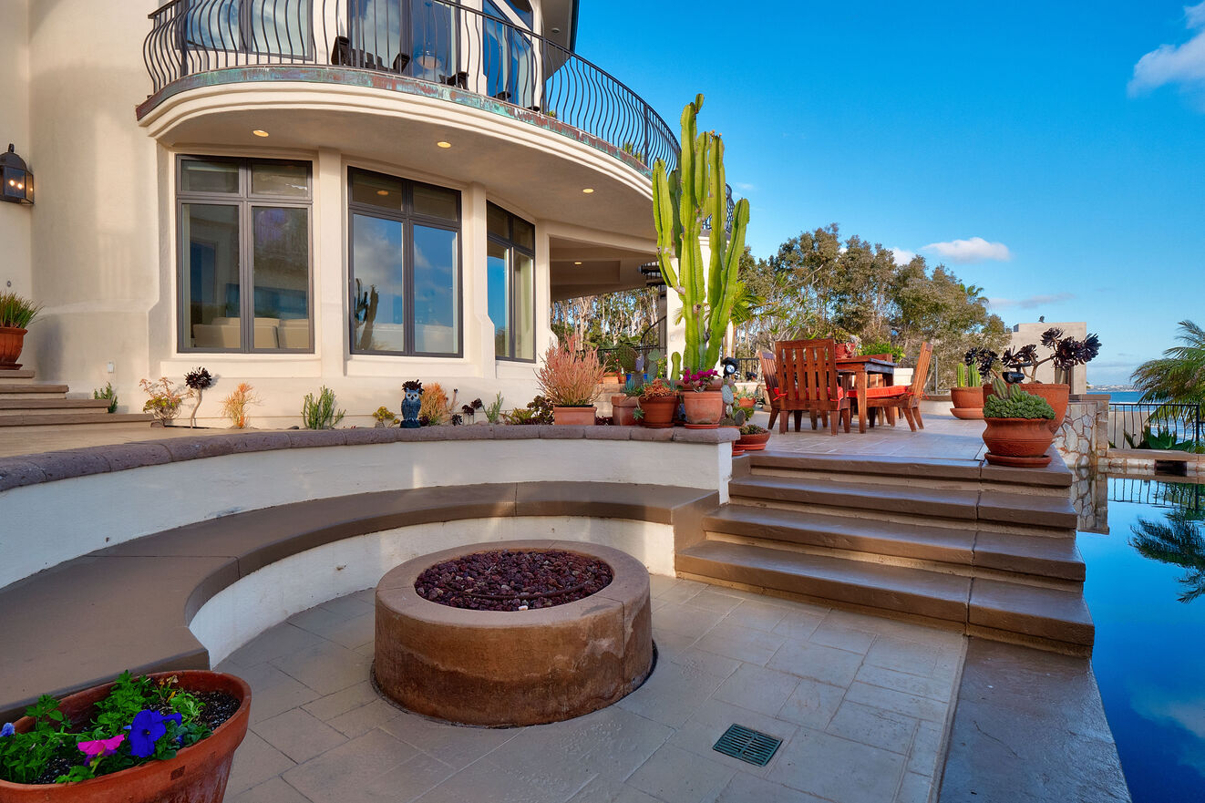 Large seating area around the fire pit