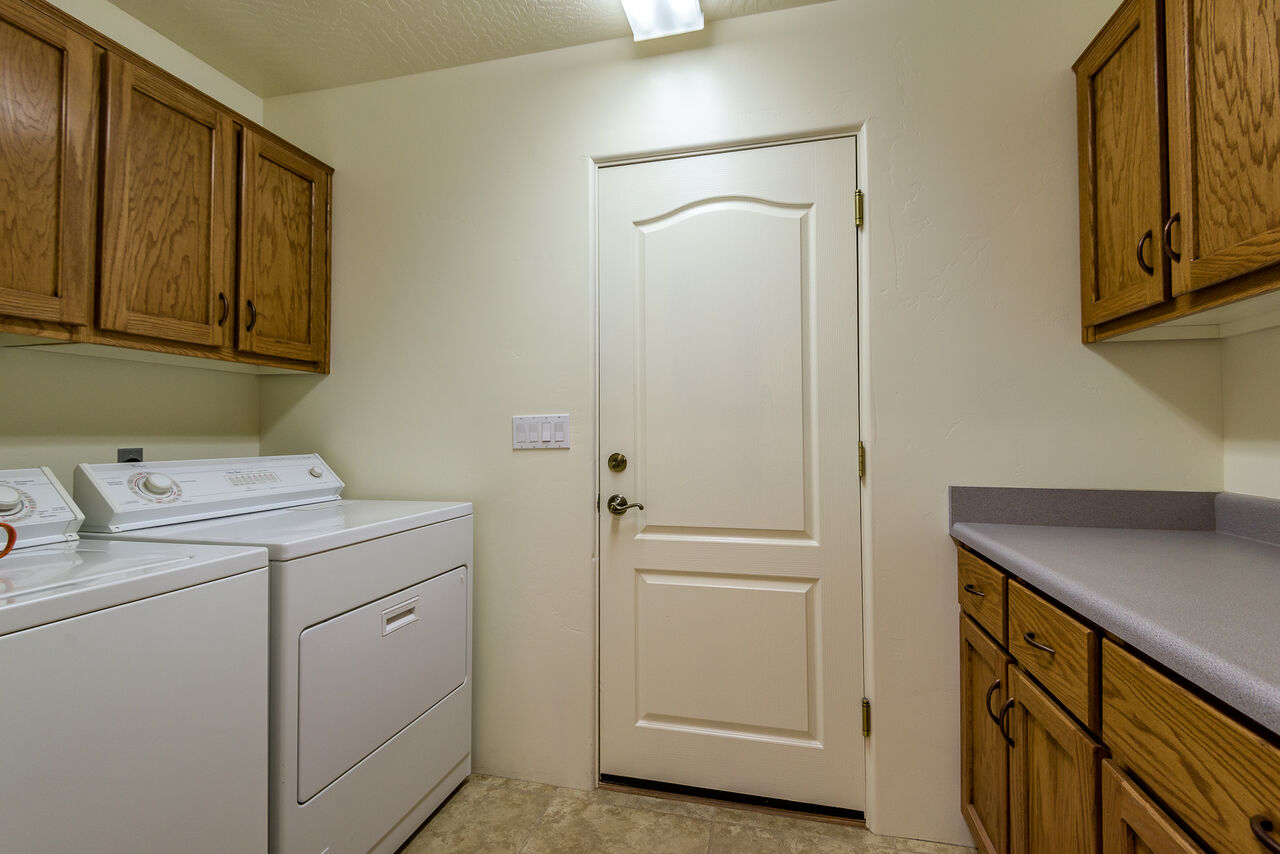 Laundry Room with a Full-size Washer / Dryer
