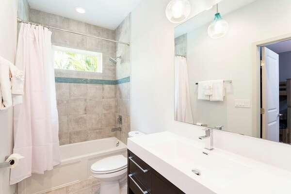 Guest Bath 4