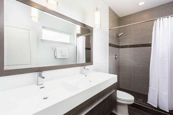 Guest Bath 8