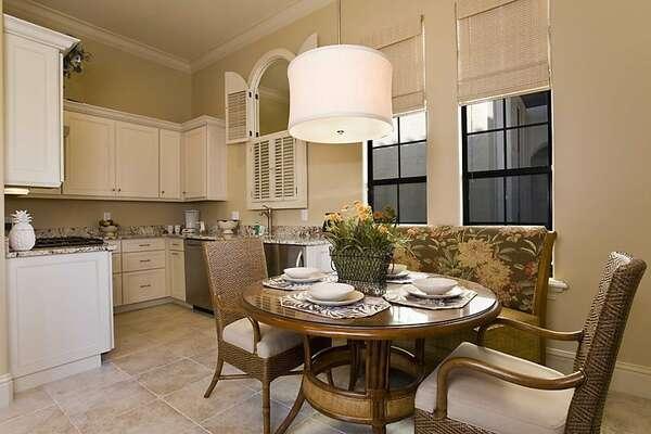 Annex Kitchen & Dining Room