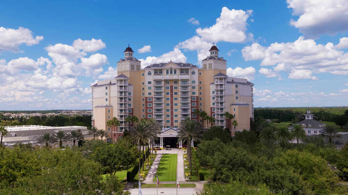 The Grande at Reunion Resort - features guest services, restaurants, & gift shop