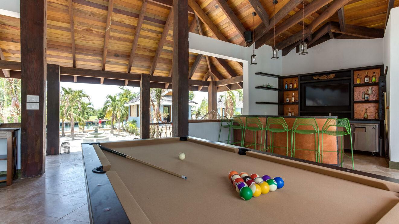 Lanai Pool Table