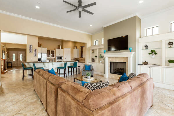 Have a snack at the breakfast bar while discussing the days' plans (Disclaimer: Fireplace(s) not allowed for guest use, homeowner use only.)