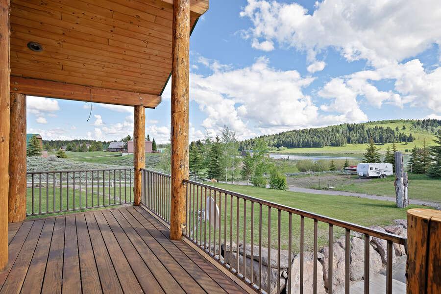 Henrys Hawk ~ wraparound porch w/ gorgeous lake and mountain views