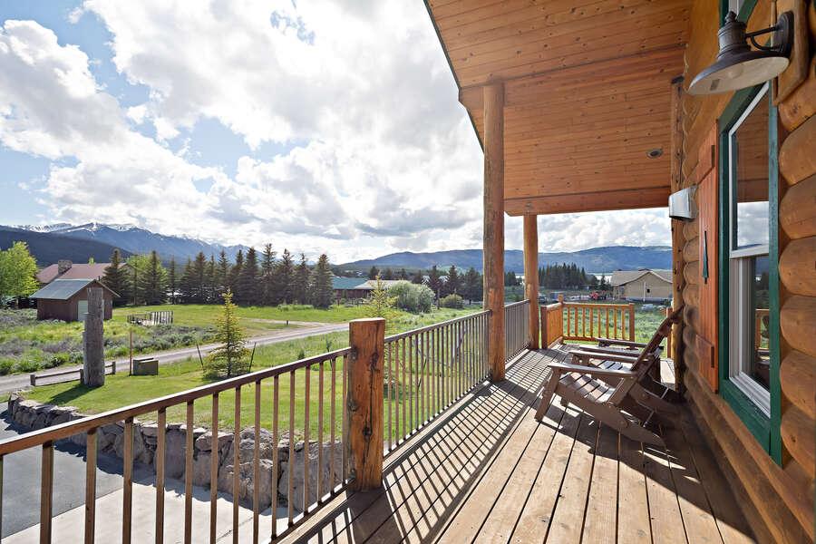 Henrys Hawk ~ wraparound porch w/ seating & incredible views