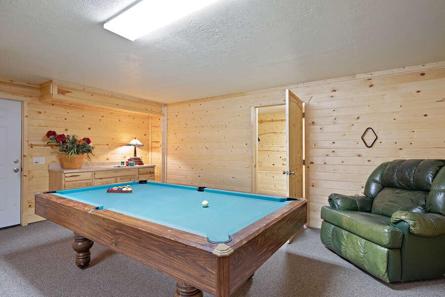Henrys Hawk ~ lower level pool table