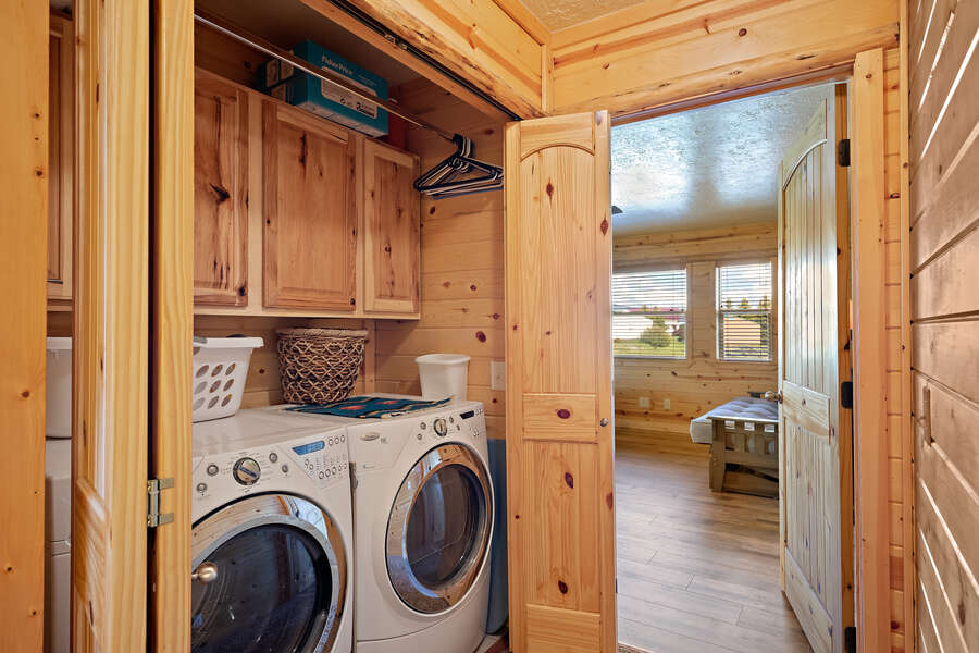 Henrys Hawk ~ washer and dryer on main level between two bedrooms