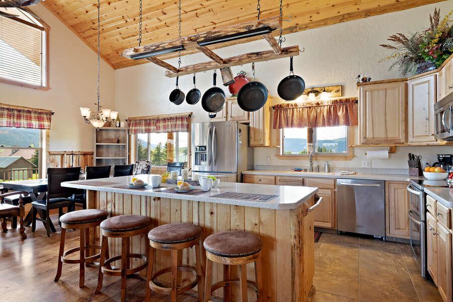 Henrys Hawk ~ large open concept kitchen