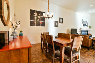 Dining room with a table and chairs