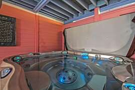 Hot Tub heated for Free