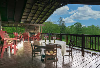 Patio with great seating to enjoy company