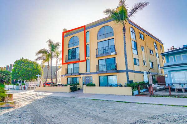 Bayfront Building, Top Floor Unit (3rd & 4th Floor)