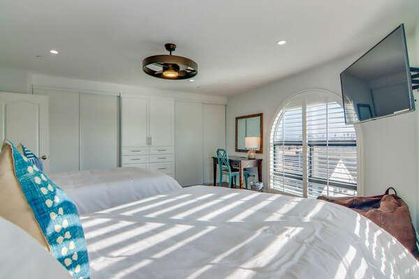 Guest Bedroom, 2 Full Beds - Forth Floor