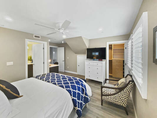 Master Suite with Queen Bed, TV, Closet, Ensuite Bath
