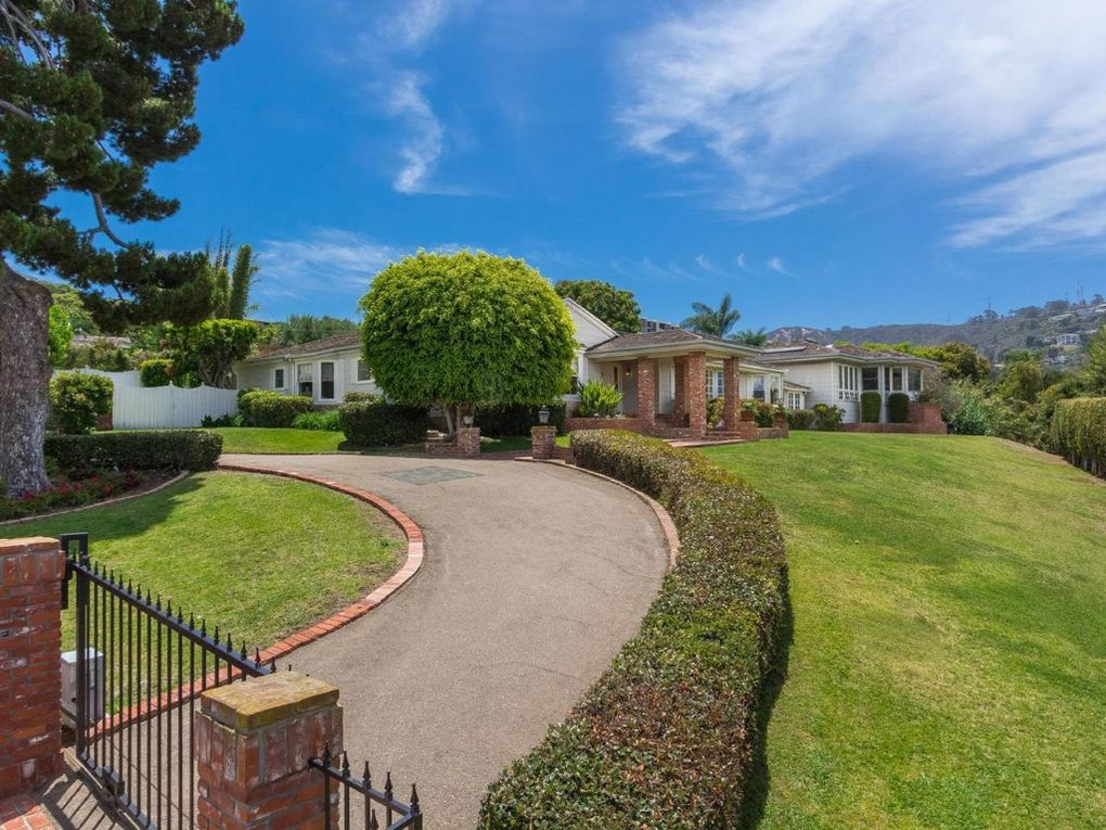 Private gated home with large sprawling yard