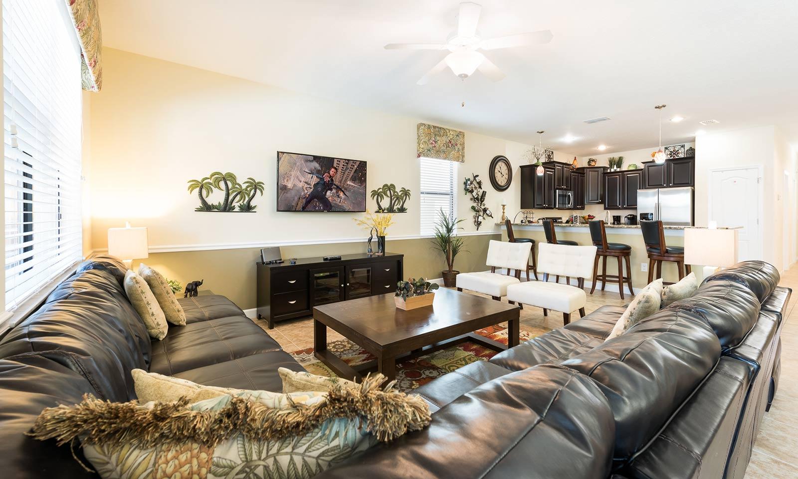 [amenities:living-area:1] Living Area
