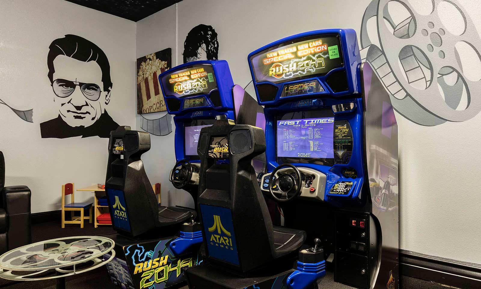 [amenities:Arcade:1] Arcade