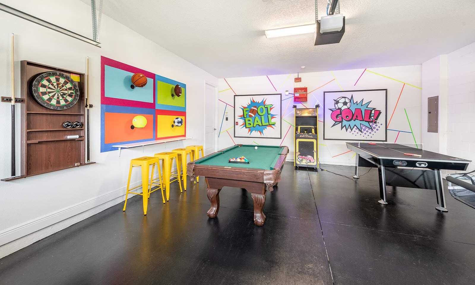 [amenities:game-room:2] Game Room