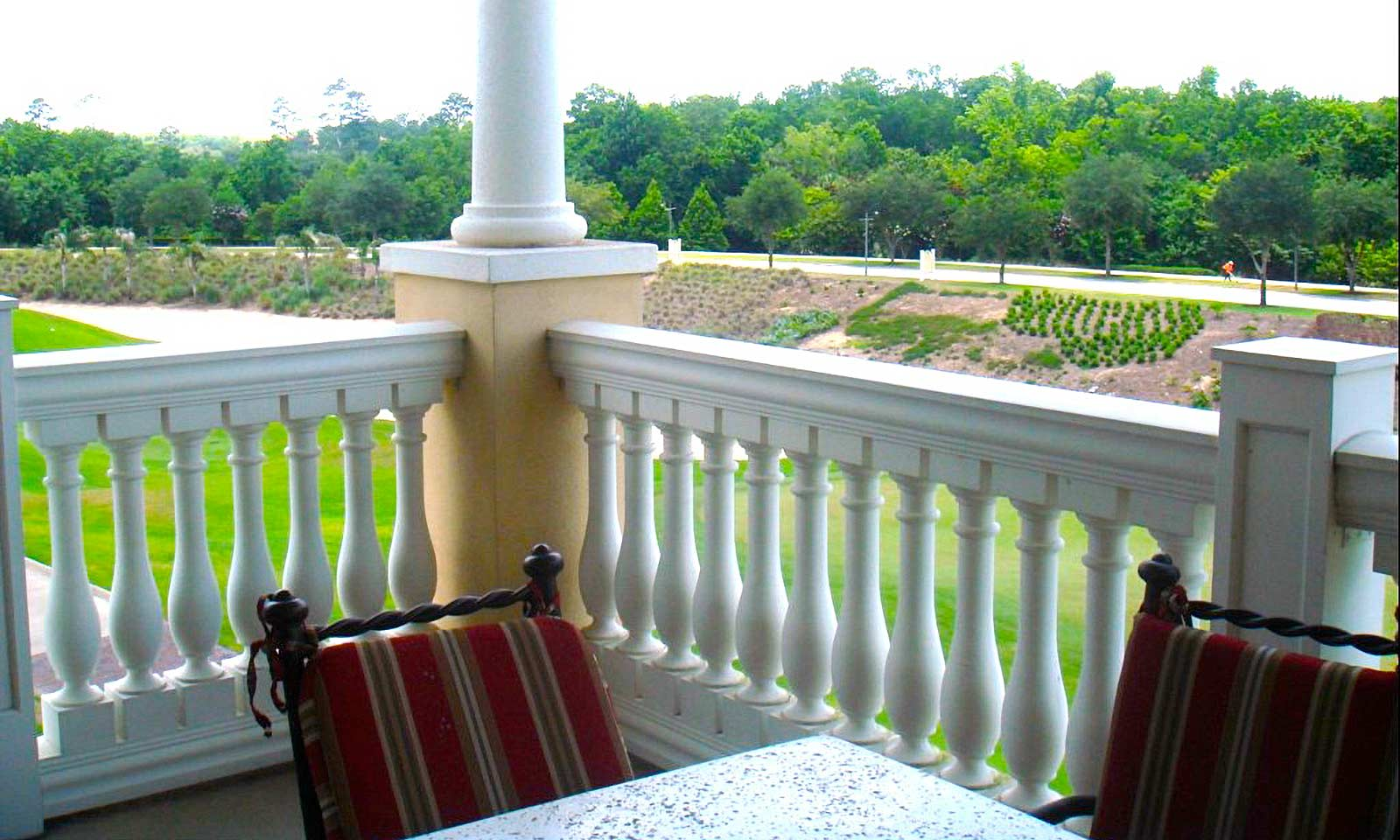 [amenities:Balcony:2] Balcony