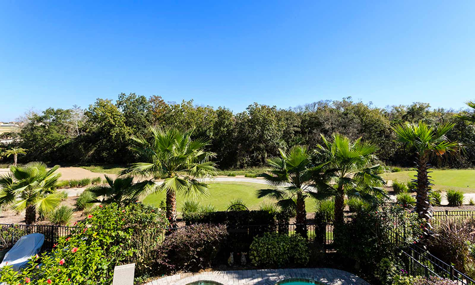 [amenities:Balcony-with-Golf-View:3] Balcony with Golf View